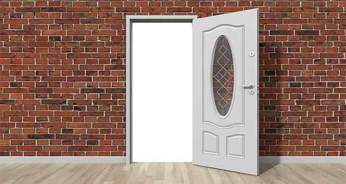 Drzwi solidne, budujące nowoczesne wyobrażenie o przedmiotach